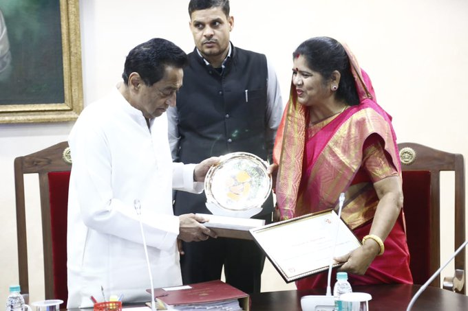 bhopal, Minister Imrati Devi ,handed over, three national awards ,Chief Minister Kamal Nath