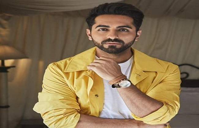 mumbai, Ayushman Khurana ,paid tribute, martyrs , Handwara through poetry