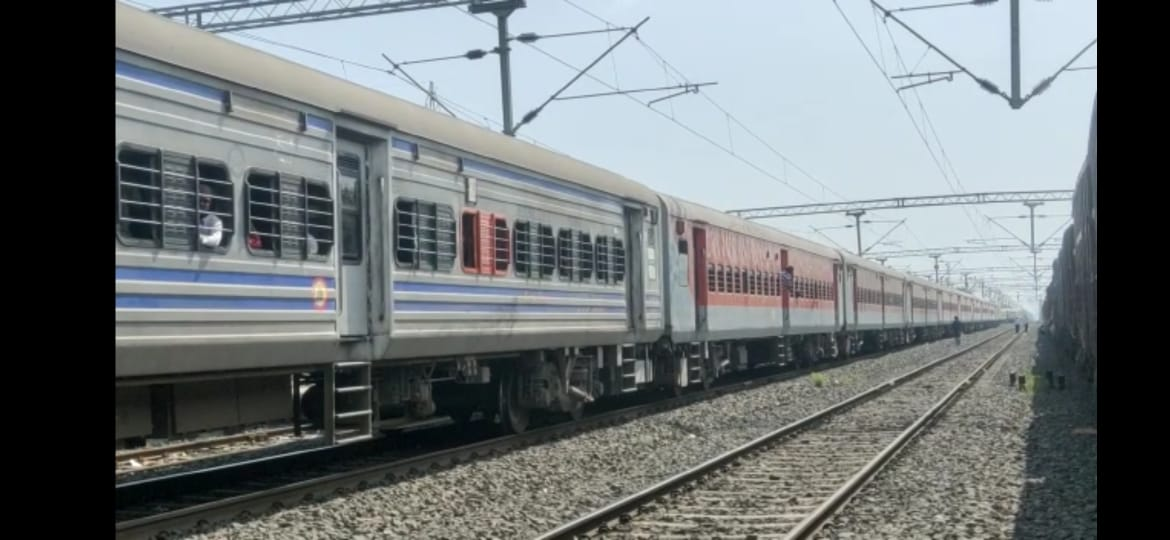 jabalpur, Coupling,Shramik special train, broken ,big accident