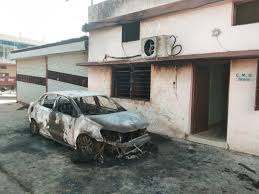 sehore, Unidentified miscreants, set fire , car parked outside,  CMO
