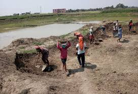 bhopal,Only returned laborers, write the story , prosperity of villages