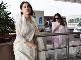 mumbai, Actress Sara Ali Khan, shares mother Amrita Singh, photo on her birthday