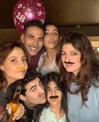 mumbai, Akshay Kumar, Twinkle Khanna, celebrate 18th birthday , son Aarav