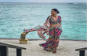 mumbai, Beautiful photo , Taapsee Pannu, ready return home,Maldives vacation