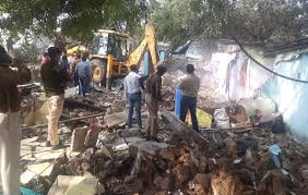 Indore, Municipal Corporation, demolishes illegal construction, drug dealers