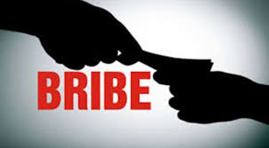 Panna, Doctor arrested ,taking bribe, four thousand,operation