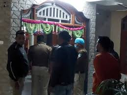 Indore, police action,land mafia, ran away from home