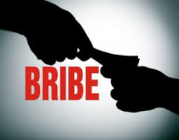 Ujjain, Block Co-ordinator ,arrested taking bribe , increase contract